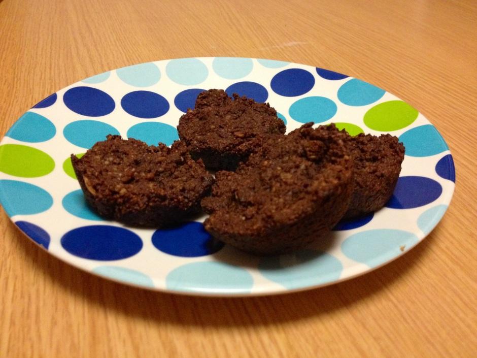 Vegan, gluten-free, sugar-free brownie bites.